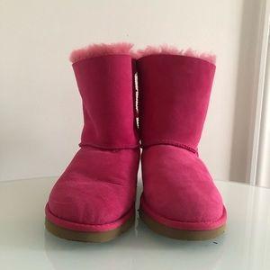UGGH Australia Bailey Bow Girl's boot Size 4